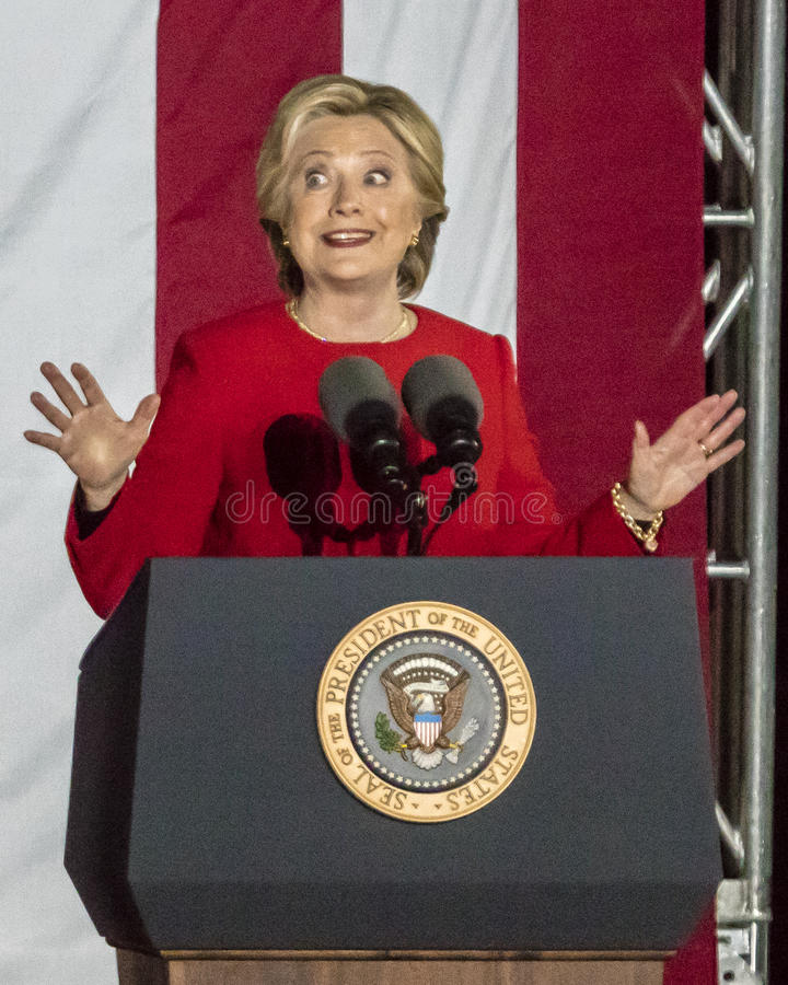 7 NOVEMBRE 2016, INDIPENDENZA CORRIDOIO, PHIL , PA - Hillary Clinton Holds Election Eve Get fuori il raduno di voto con Bruce Spr fotografia stock