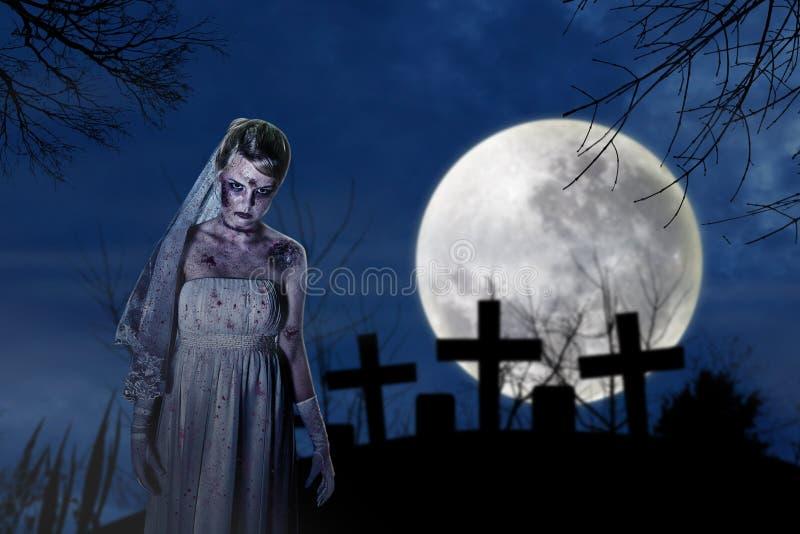 Novia espeluznante del zombi fotografía de archivo libre de regalías