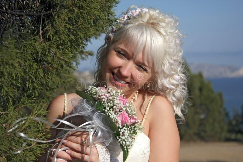 Novia feliz foto de archivo libre de regalías