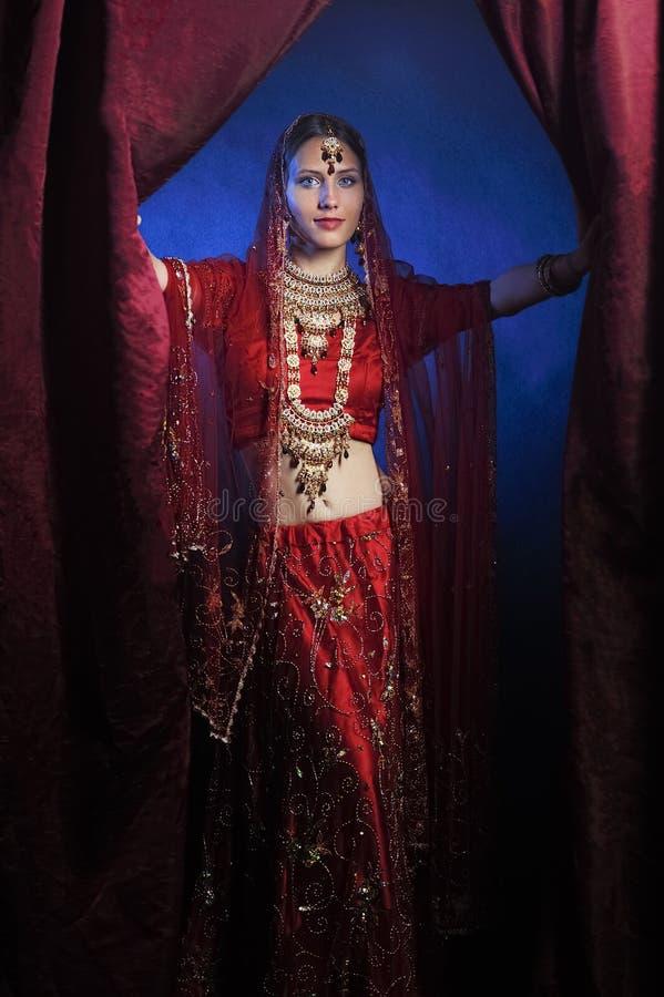 Novia hind? lista para la boda imagenes de archivo