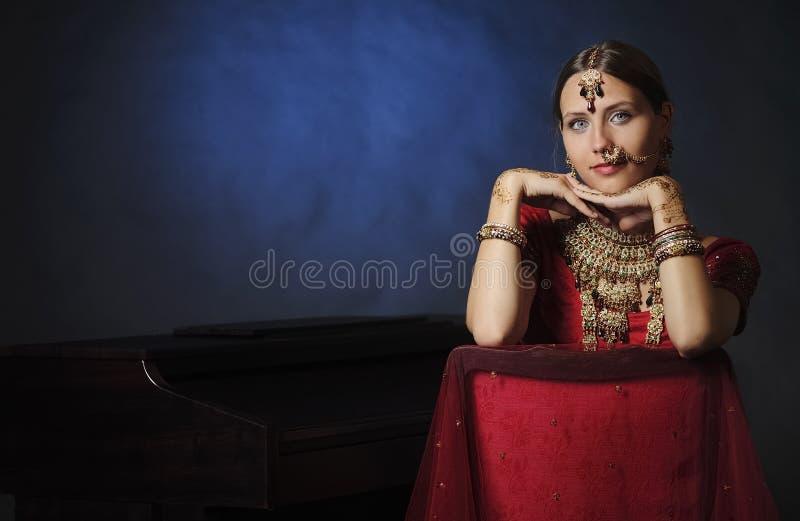 Novia hind? lista para la boda imagen de archivo libre de regalías