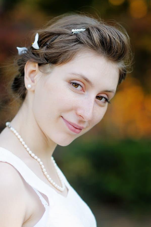Novia joven hermosa fotos de archivo libres de regalías