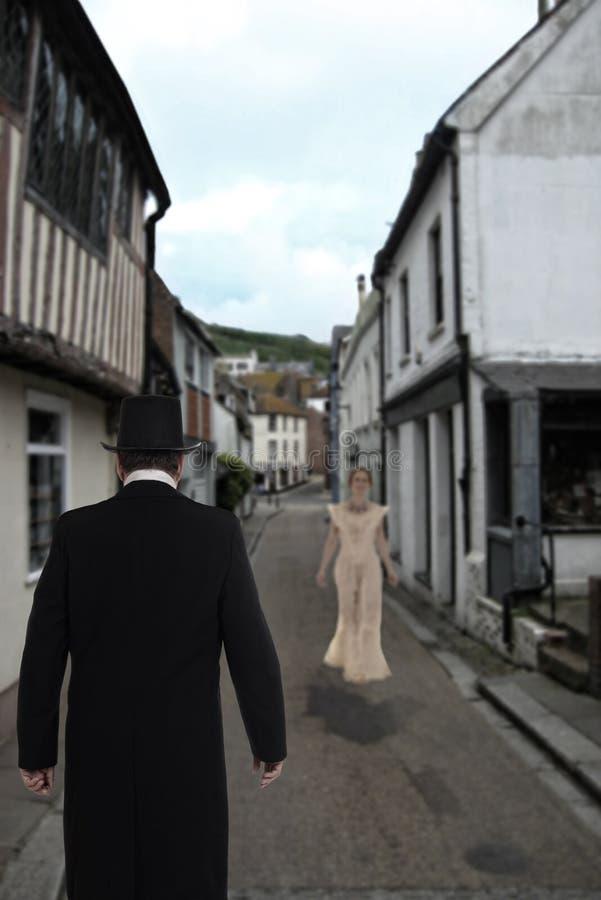 Novia que espera del hombre victoriano para fotos de archivo libres de regalías