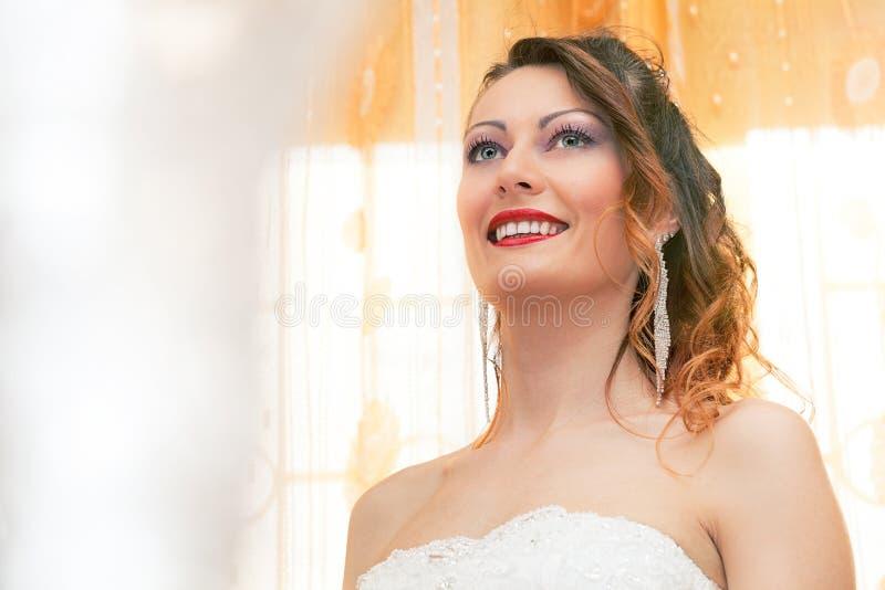 Novia sonriente fotografía de archivo