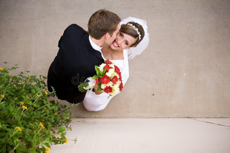 Novia y novio imagen de archivo libre de regalías
