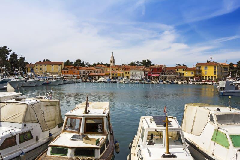 Novigrad, vecchia città di Istrian fotografie stock