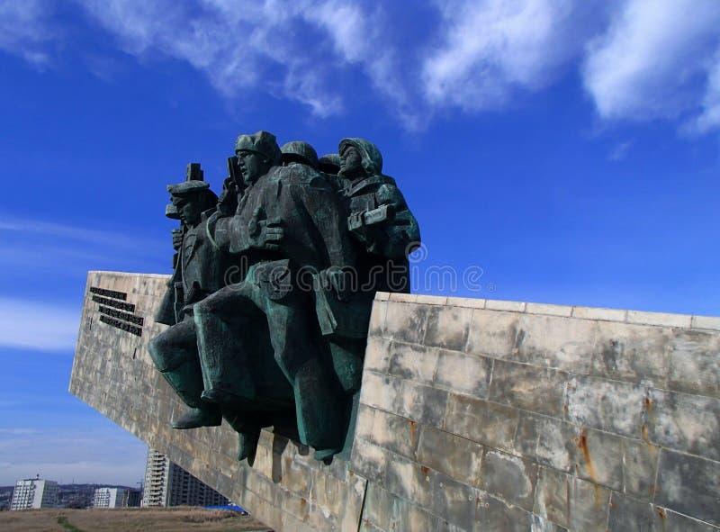 Novorossiysk, Russie ` Commémoratif de Malaya Zemlya de ` Soldats de la cavalerie le 4 février 1943 Plan rapproché Ville de héros photos stock