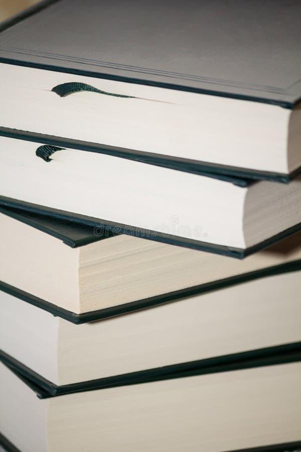 Novos livros fotos de stock