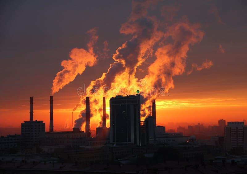 Novosibirsk, puesta del sol imagenes de archivo