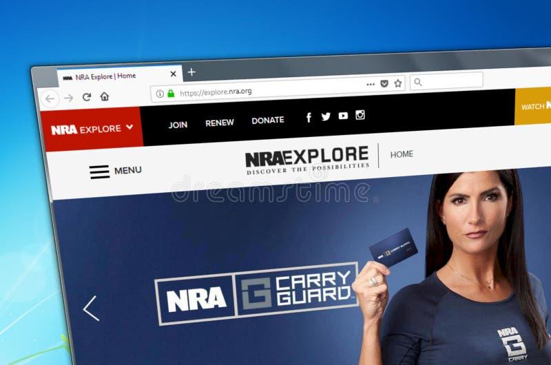 Novosibirsk, Rússia - 15 de maio de 2018 - homepage do Web site oficial para a associação de rifle nacional, URL - explore nra or imagens de stock royalty free