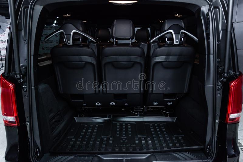 Novosibirsk Rosja, Grudzień, - 04, 2018: Mercedes-Benz klasa zdjęcia stock