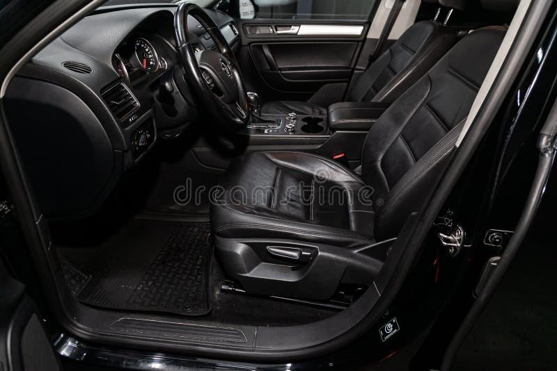 Novosibirsk, Rosja Lipiec 17, 2019: Volkswagen Touareg fotografia stock