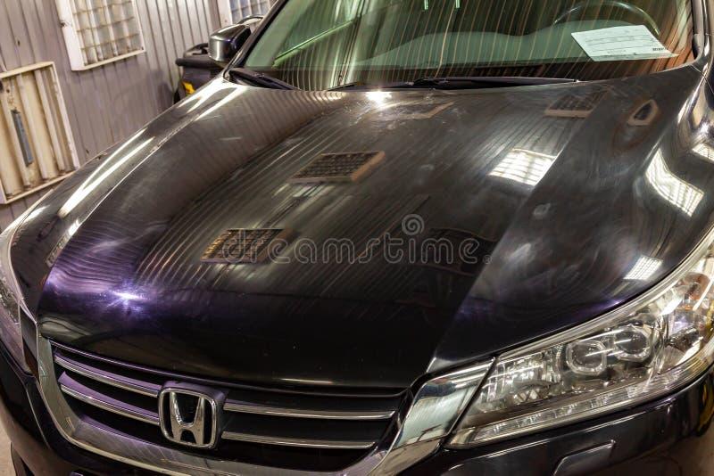 Novosibirsk, Rusia - 08 01 2018: coche Honda Accord b de la Sedán-clase imágenes de archivo libres de regalías