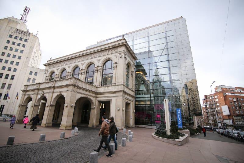 Novotel hotellbyggnad i Bucharest arkivfoto