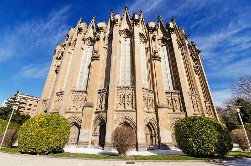 Nowa katedra, sławny turystyczny punkt zwrotny w Vitoria, Hiszpania zdjęcia royalty free