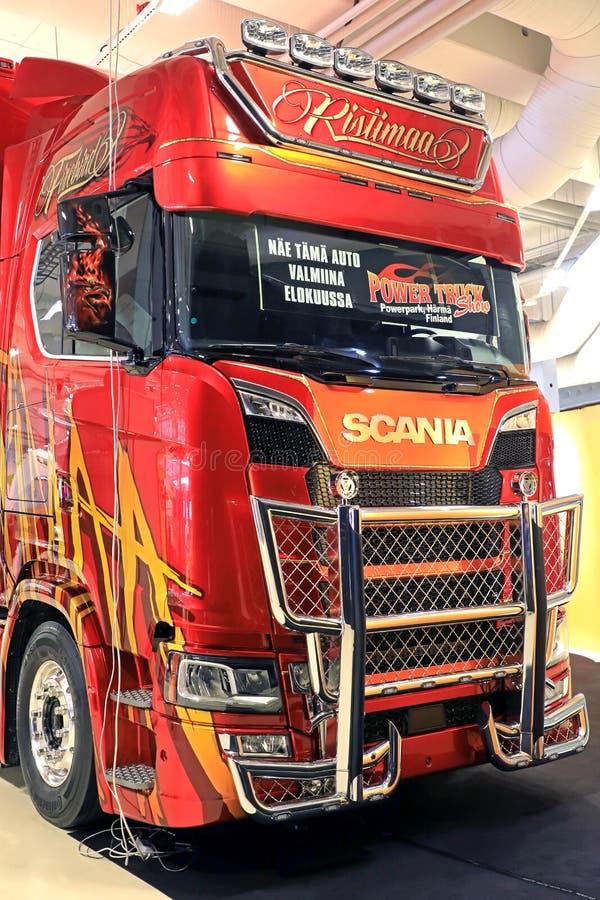 Nowa kolejnego pokolenia Scania Firebird Super ciężarówka Ristimaa fotografia stock