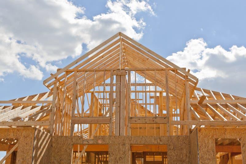 Nowa mieszkaniowej budowy domu otoczka zdjęcie stock