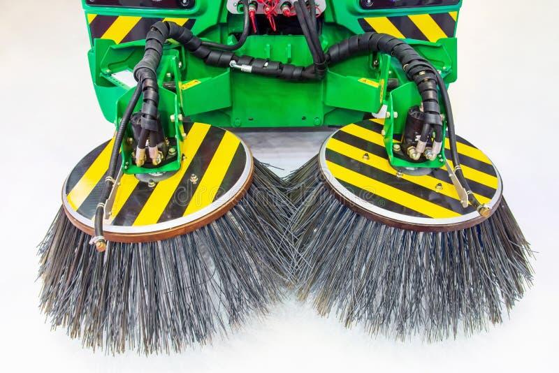 Nowa specjalna maszyneria szczotkuje dla uliczny czyścić, widok blisko zdjęcie royalty free