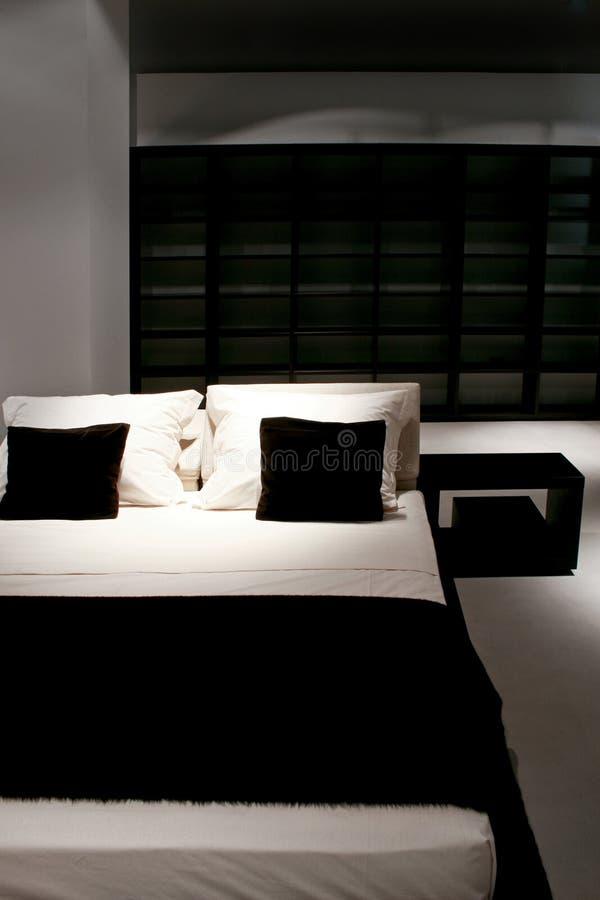 nowe łóżko zdjęcia stock