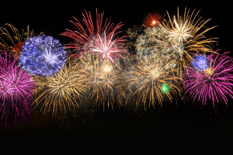 Nowego Roku świętowania kolorowi fajerwerki zdjęcia stock