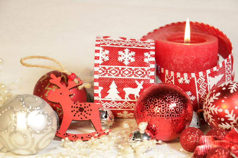 Nowego roku ` s, Bożenarodzeniowa dekoracja i srebro kolor inred fotografia royalty free