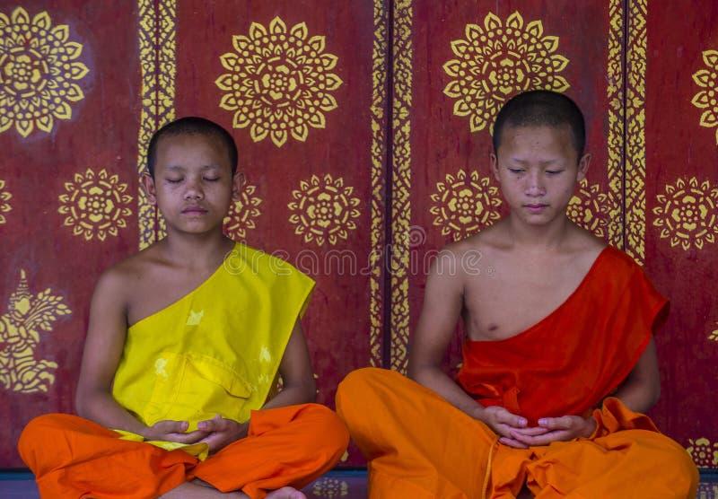 Nowicjusz?w michaelita w Luang Prabang Laos fotografia royalty free
