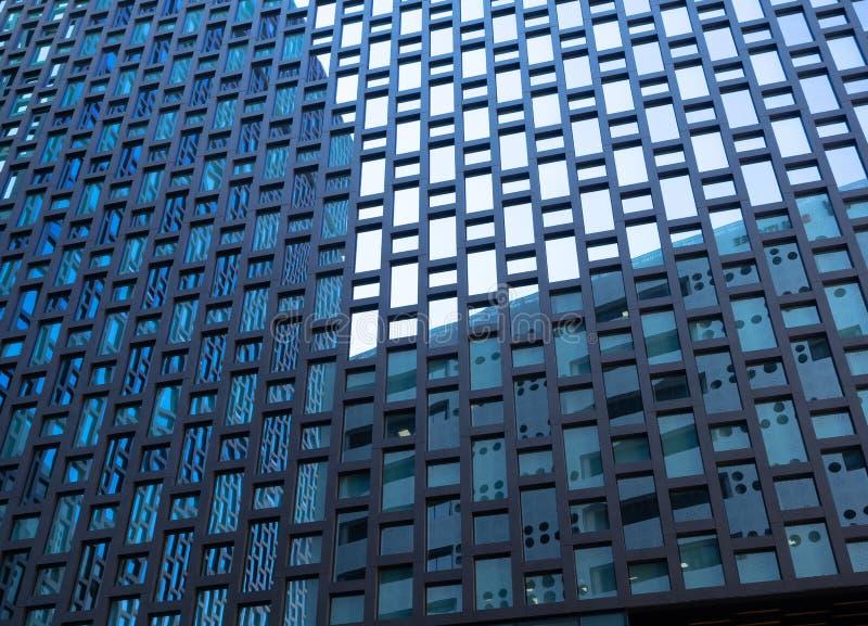 Nowożytny szkła i metalu budynek obraz stock