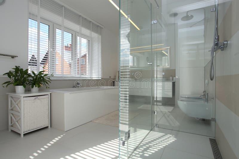 Nowożytna łazienka zdjęcie stock