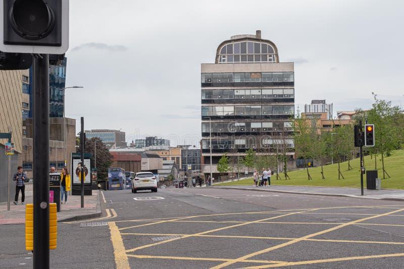 Nowożytna architektura patrzeje w dół osetu Uliczny Glasgow w centrum miasta zdjęcia royalty free