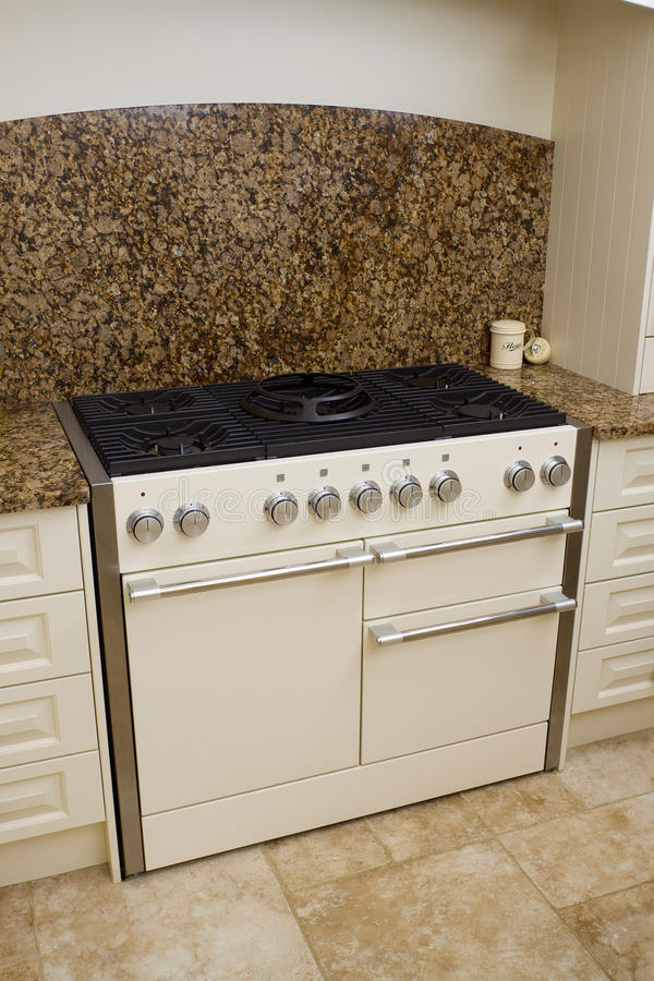 nowożytna kuchenki kuchnia fotografia stock