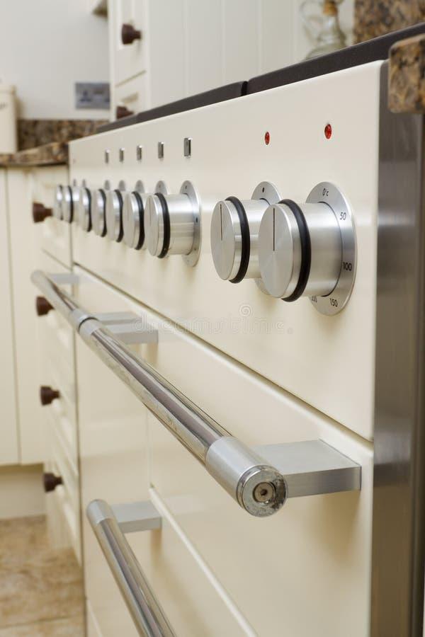 nowożytna kuchenki kuchnia zdjęcie royalty free