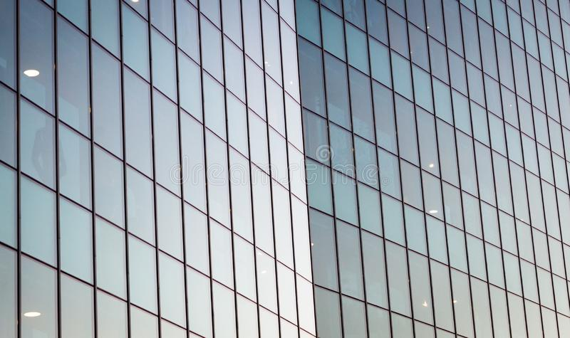 Nowożytna Odzwierciedlająca Szklana budynek fasada Współczesna architektura zdjęcie royalty free
