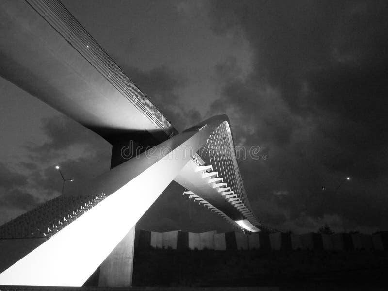 Nowożytnego projekta zwyczajny most zdjęcie stock
