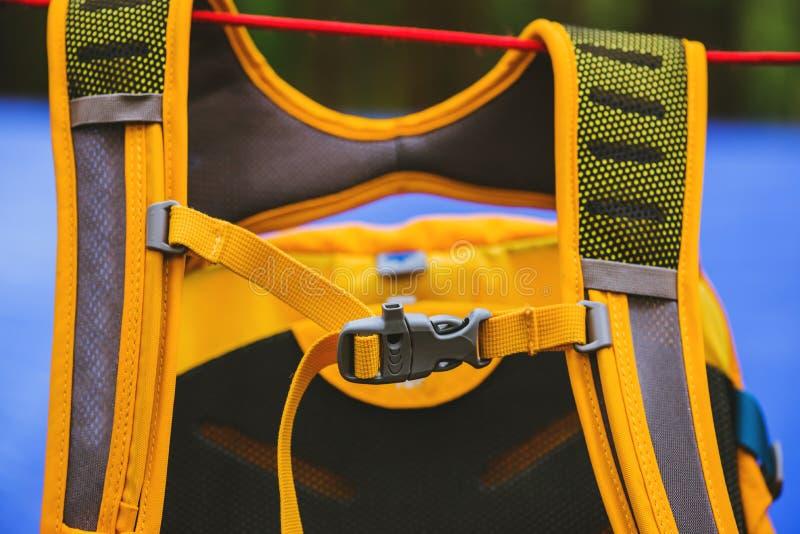 Nowożytni akcesoria dla plecaków klamra na plecaku royalty ilustracja