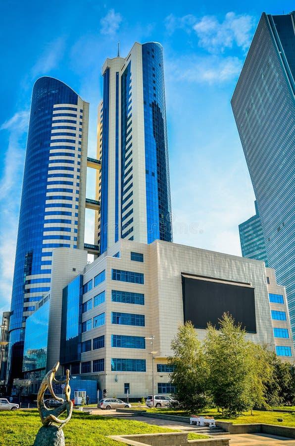 Nowożytni budynki w Astana obrazy royalty free