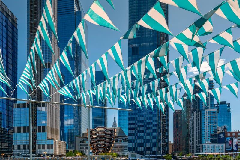 Nowożytni budynki w Hudson jardach Drapacz chmur i, NYC zdjęcia stock