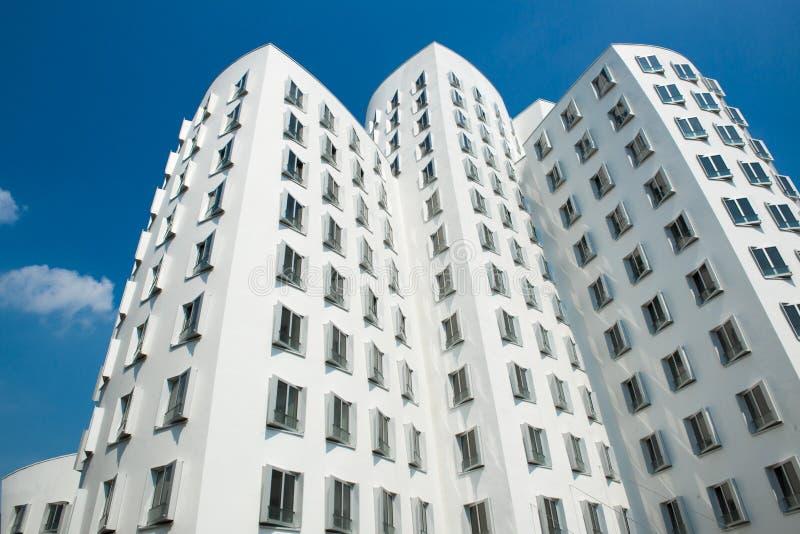 Nowożytni domy Duesseldorf zdjęcie stock