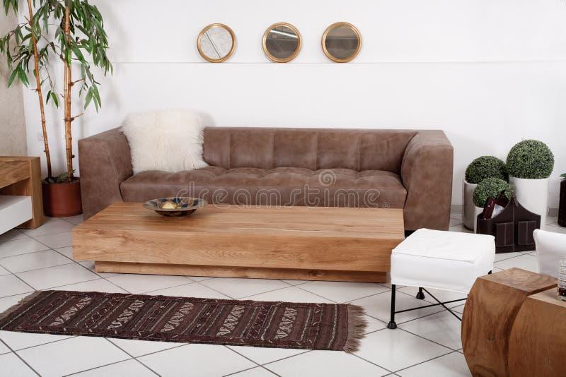 nowożytni furnitures klasyczni wnętrza zdjęcie stock