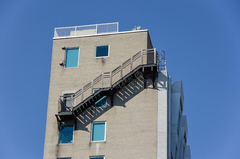 Nowożytni mieszkanie własnościowe budynki w w centrum Montreal obraz stock