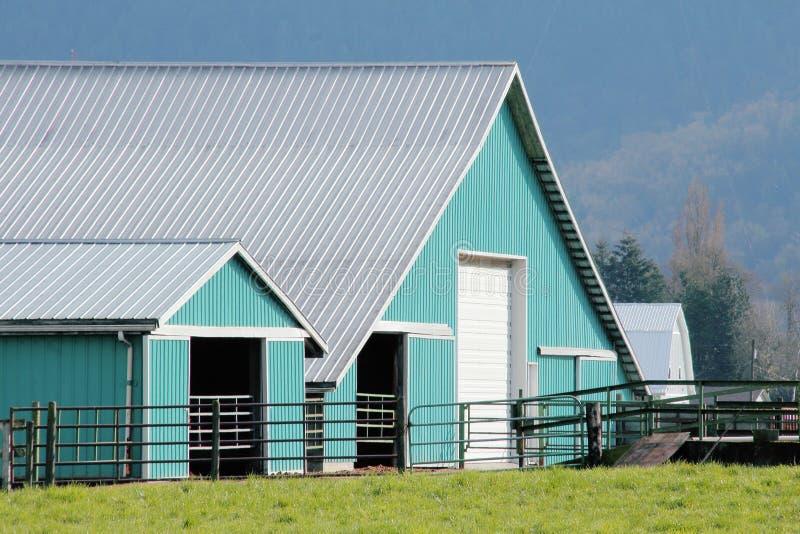 Nowożytni Rolni budynki zdjęcia royalty free