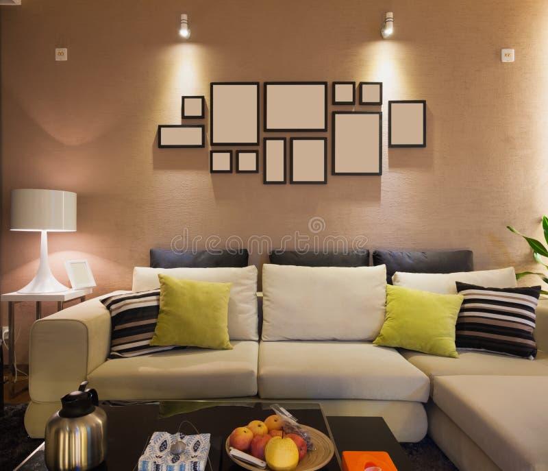 Nowożytny żywy pokój zdjęcia stock