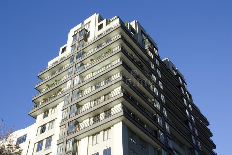 Nowożytny budynek mieszkaniowy fotografia royalty free