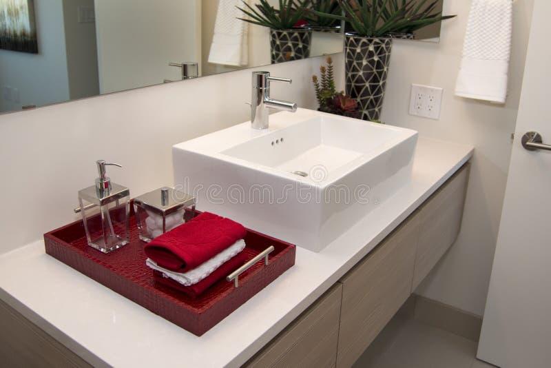 Nowożytny Domowy łazienka zlew zdjęcia stock