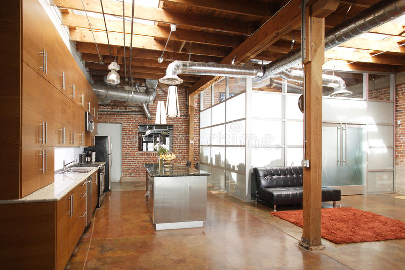 nowożytny kuchenny loft fotografia royalty free