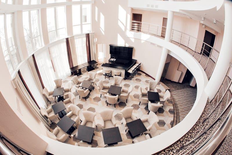 Nowożytny luksusowego hotelu lobby wnętrze fotografia royalty free