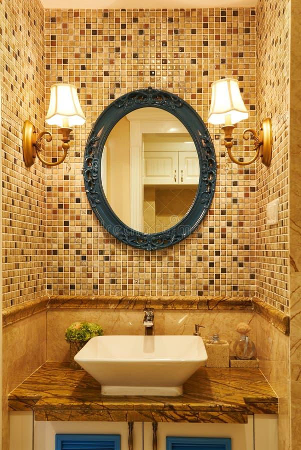 Nowożytny luksusowy washroom obraz stock