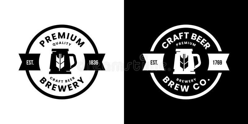 Nowożytny piwny napój odizolowywający rzemiosło logo wektorowy znak dla baru, pubu, sklepu, brewhouse lub browaru, royalty ilustracja
