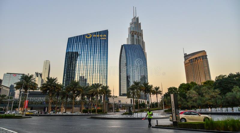 Nowo?ytni budynki w Dubaj, UAE obraz royalty free