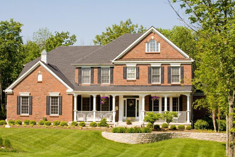 nowoczesne miły dom zdjęcie royalty free