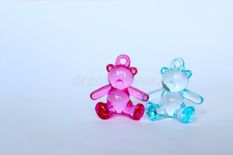 Noworodkowie, rodzina, dzieciństwa pojęcie Zabawka niedźwiedzie zdjęcie royalty free